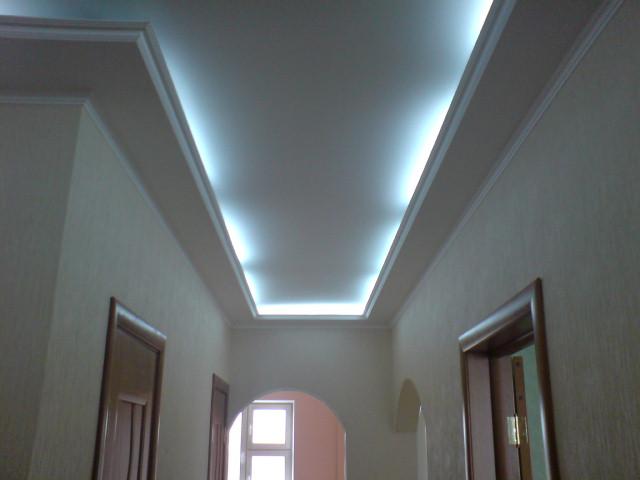 Гипсокартонные потолки фото коридор